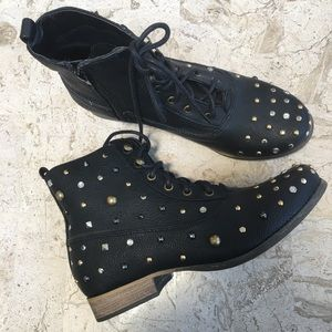 Low Heel Black Studded Ankle Boots Lace Up Zipper
